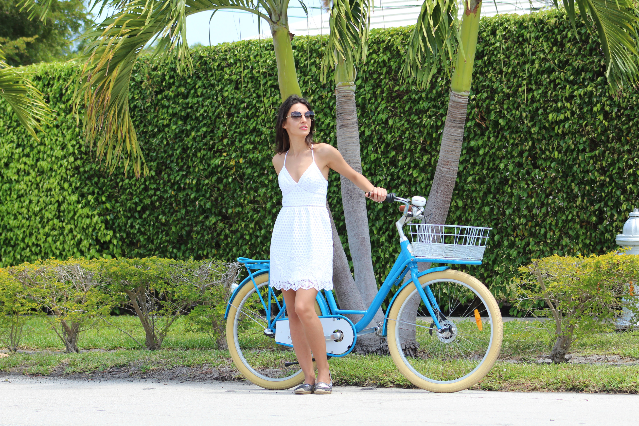 mihaela gurau fashion blog blogger Miami bike bicycle biking bicicleta outfit post
