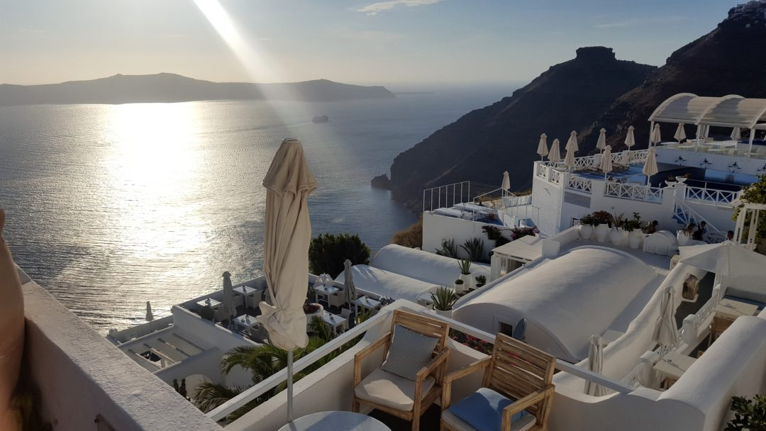 santorini greece grecia apus sunset seafood travel blogger blog seaside